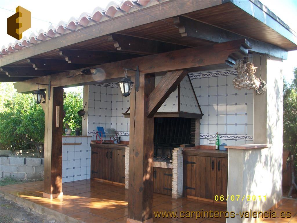 Porches de madera valencia top some weathering steel - Como hacer un porche barato ...